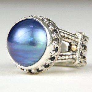 reve blue pearl ring