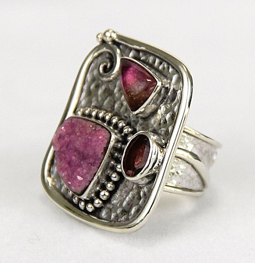 echo pink picasso ring side